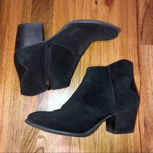 Marc Fisher Black Ankle Boots 7